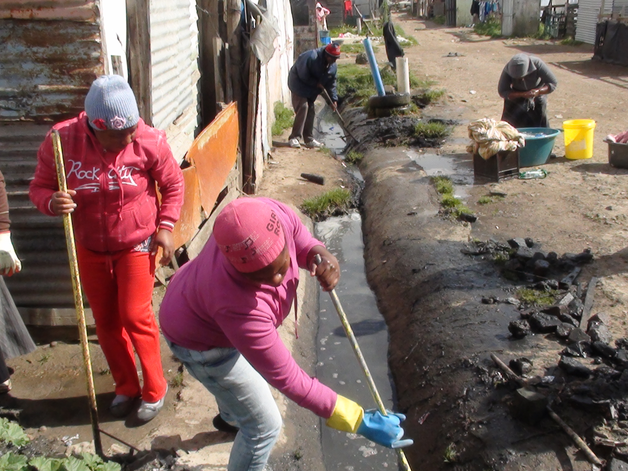 Community Drainage cleaning project in Europe | South