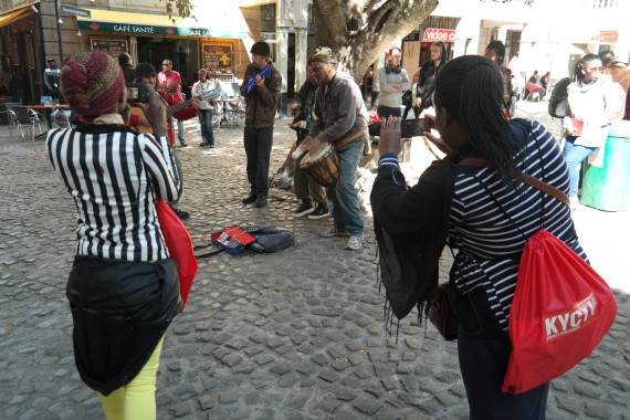 Filming street musicians in Cape Town's Green Market Square
